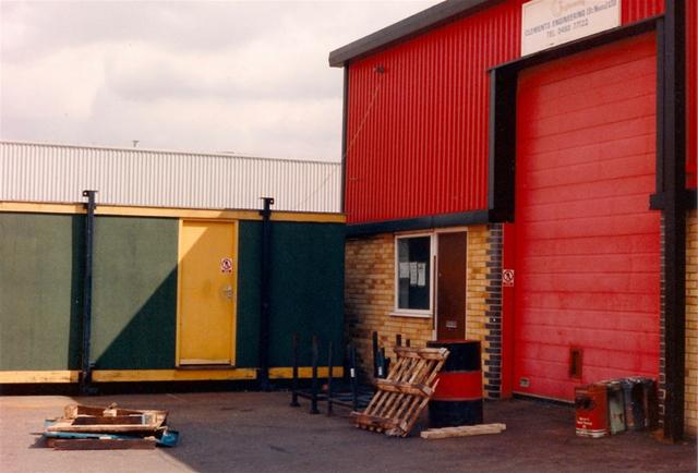 The Beginning: August 1989, Little End Road, St. Neots, Cambridgeshire, 880Sq.Ft.